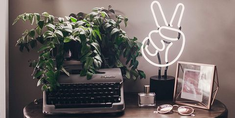 peace sign neon light table lamp
