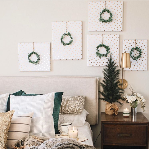 Room, Furniture, Bedroom, Green, Interior design, Christmas decoration, Living room, Bed, Home, Wall,