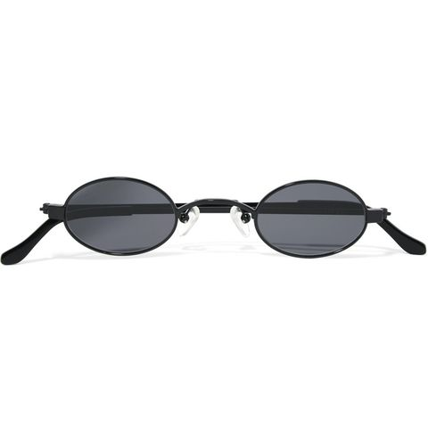 b11a64576cf 20 90s sunglasses you need to own this summer