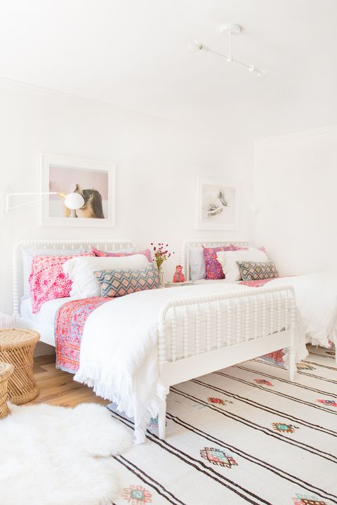 Bedroom, Bed, Furniture, Room, White, Pink, Bed frame, Interior design, Property, Bed sheet,