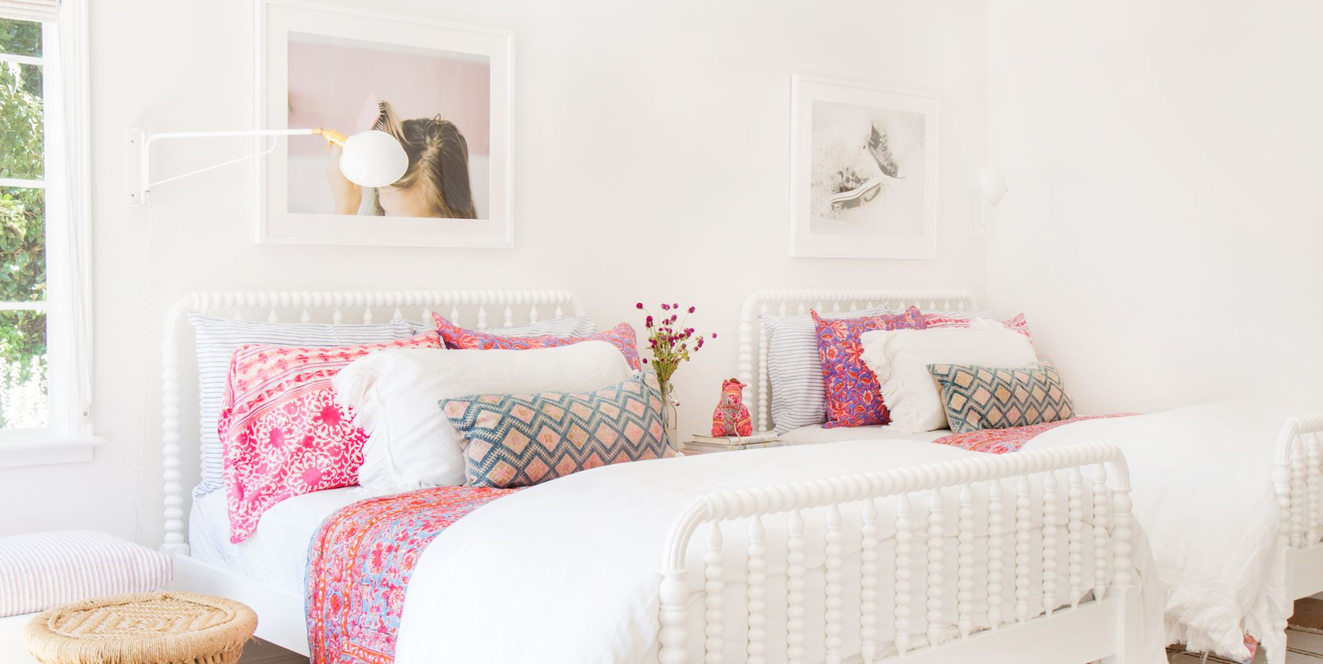 Pink Bedroom Ideas That Can Be Pretty And Peaceful Or: Cool Teenage Room Decor For