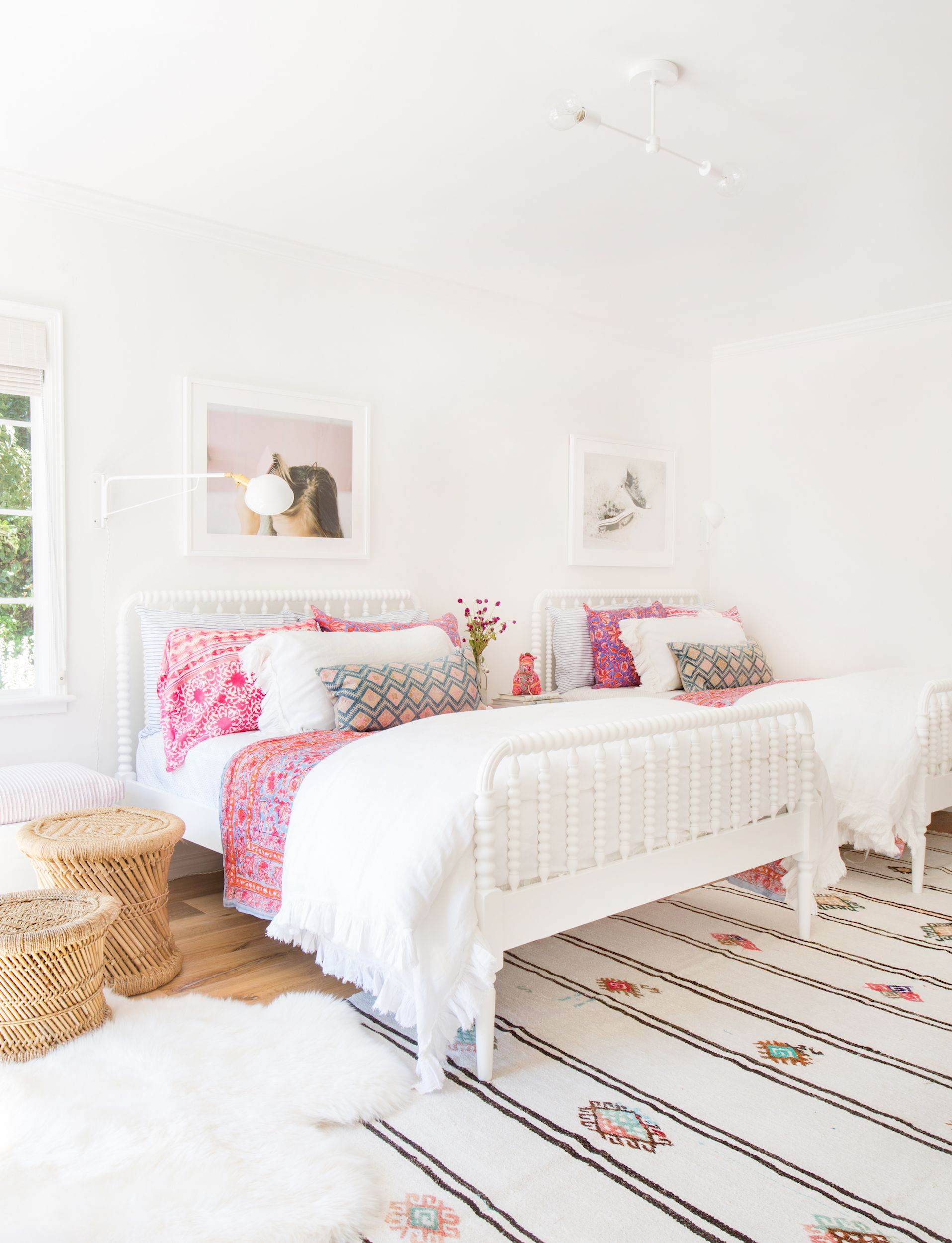 11 Teen Bedroom Ideas You And Your Kids Will Both Love & 11 Best Teen Bedroom Ideas - Cool Teenage Room Decor for Girls and Boys