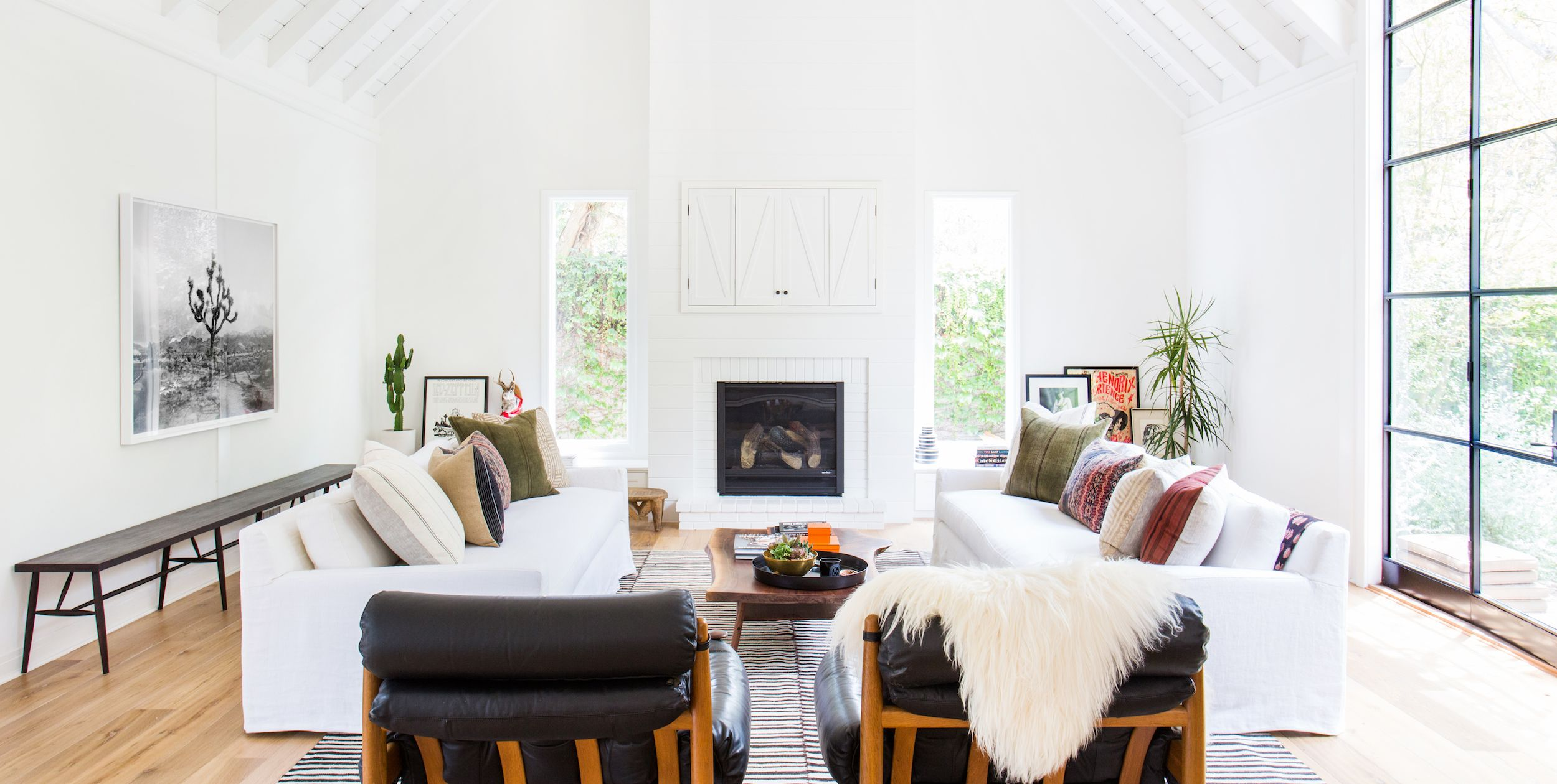 40 Cozy Fireplaces To Help You Survive Winter