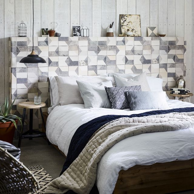 cosy and neutral bedroom scheme
