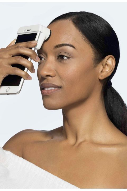 Face, Hair, Skin, Eyebrow, Beauty, Head, Chin, Forehead, Nose, Hairstyle,