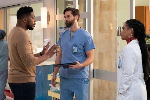 imagen del reparto de la serie en la temporada 3