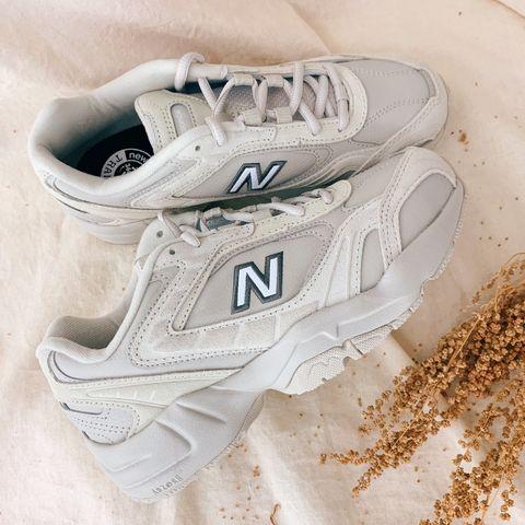 韓國代購人氣第一名new balance 452奶茶色老爹鞋台灣開賣