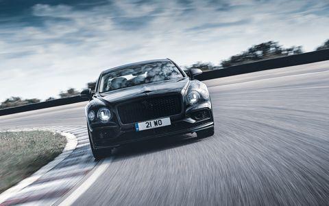 Land vehicle, Vehicle, Car, Luxury vehicle, Automotive design, Bentley, Performance car, Personal luxury car, Bentley continental gt, Sedan,