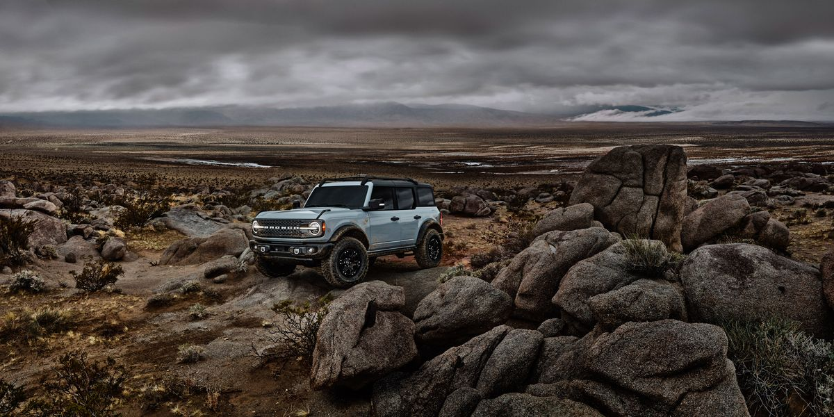The New Ford Bronco Should Scare Land Rover More Than Jeep