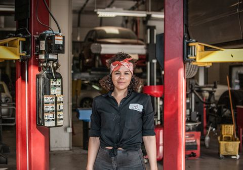 New Faces of Automotive Enthusiasm: Patrice Banks, Girls Auto Clinic