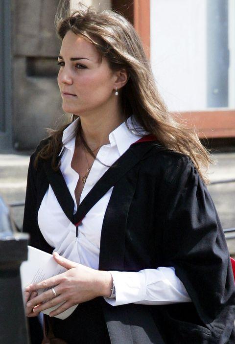 prince william graduation ceremony at st andrew's