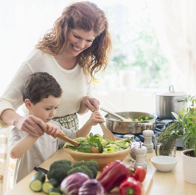 te damos 17 ideas para cenas sanas y equilibradas para tus hijos y toda la familia