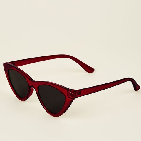 56430f449e2 20 90s sunglasses you need to own this summer