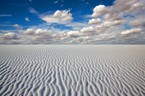 Sky, Sand, Natural environment, Blue, Cloud, Horizon, Desert, Natural landscape, Daytime, Sea,
