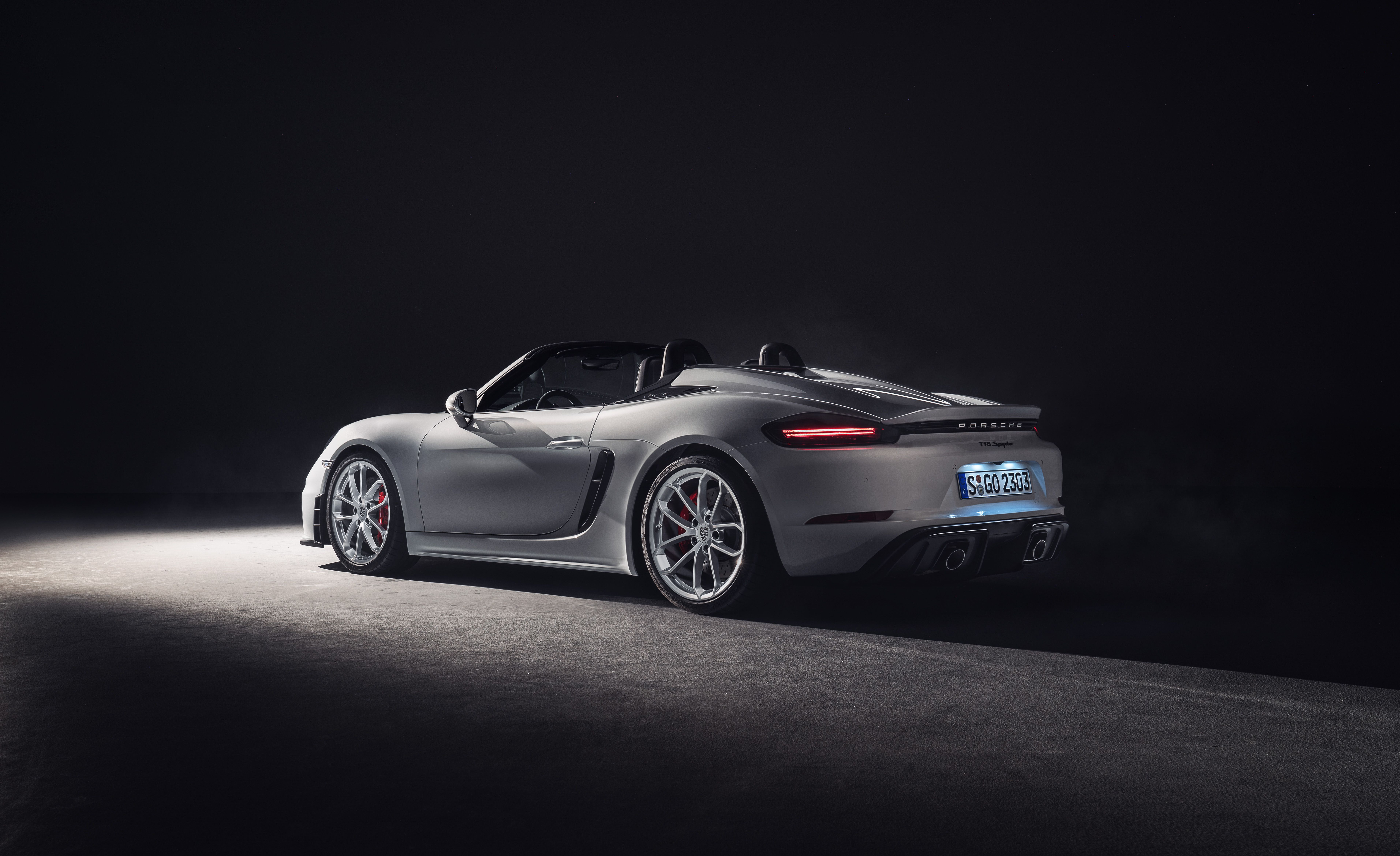 The Porsche 718 Spyder Is the Six-Cylinder Boxster of Your Dreams