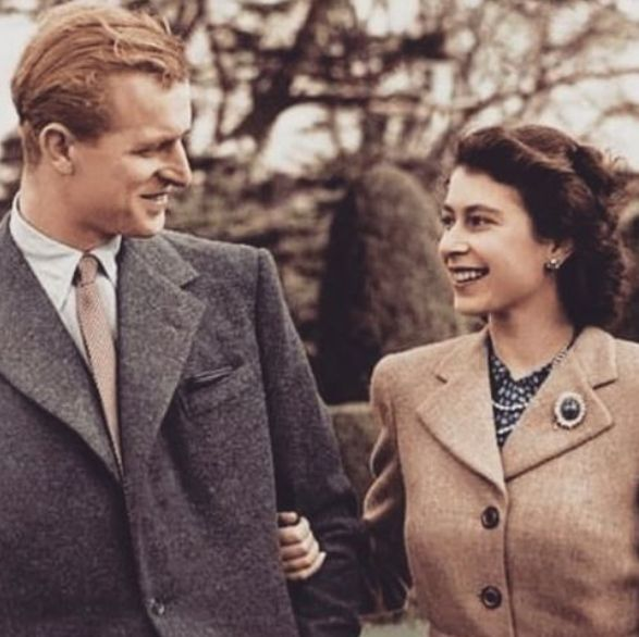 菲利普親王辭世享耆壽99歲!回顧菲利普親王與英國女王慶祝73周年結婚紀念日的幸福身影