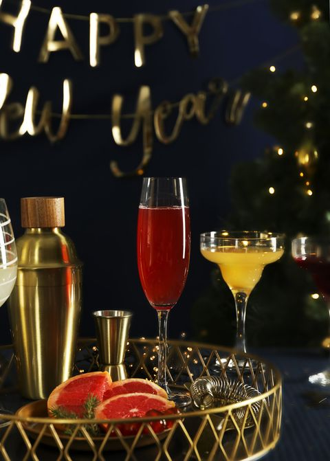 new year's eve drinks station