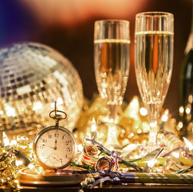 13 Best New Year's Eve Party Themes 2020 - NYE Party ...