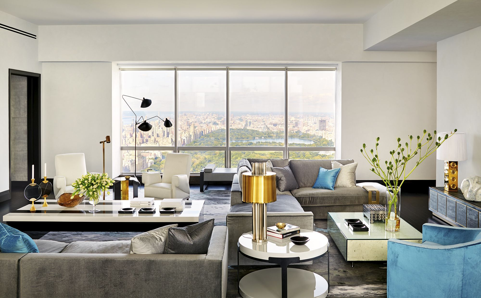 House Tour: Michael Bloomberg\'s Go-To Architect Modernizes a Classic ...