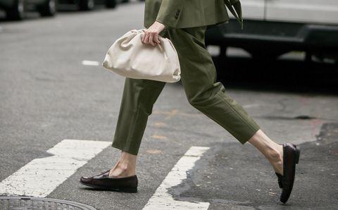 Street fashion, Leg, Snapshot, Fashion, Footwear, Ankle, Human body, Human leg, Waist, Shoe,