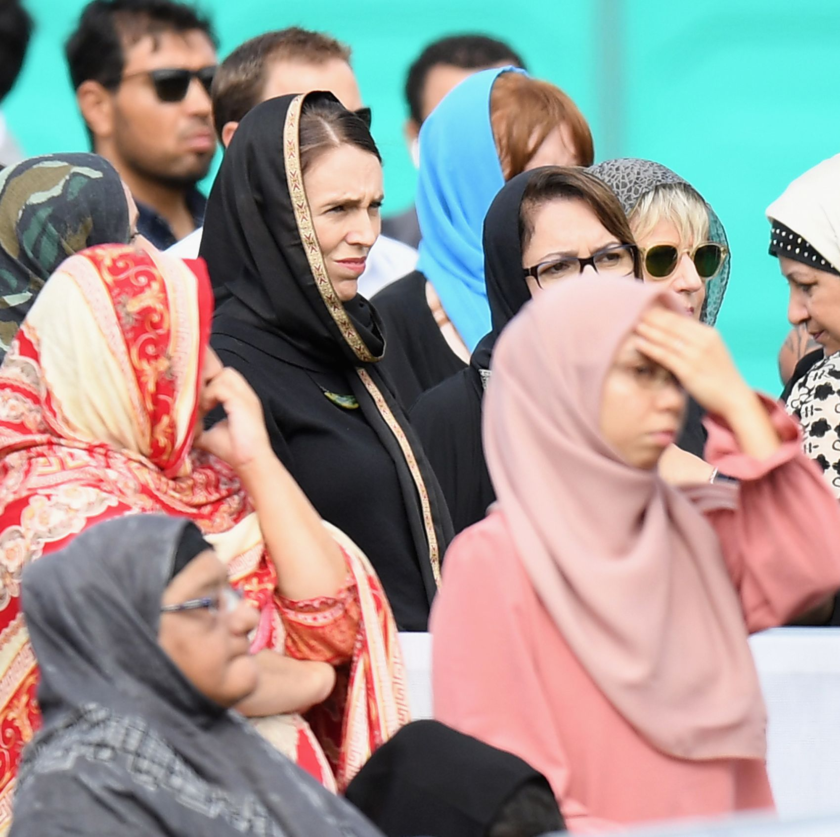 New Zealand Women Wear Headscarves to Honor Mosque Shooting Victims