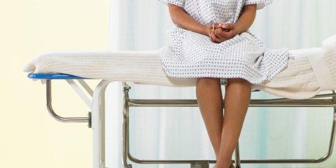 unfriendly doctors can increase patient pain; female medical patient