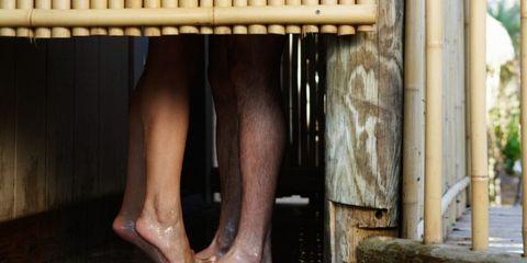 Leg, Toe, Skin, Human leg, Joint, Barefoot, Foot, Organ, Ankle, Calf,