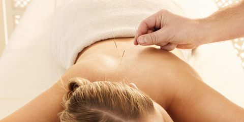 Skin, Joint, Abdomen, Muscle, Therapy, Brown hair, Stomach, Undergarment, Back, Blond,