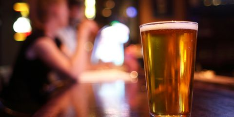 Beer, Liquid, Drink, Barware, Drinkware, Alcoholic beverage, Alcohol, Beer glass, Tableware, Amber,