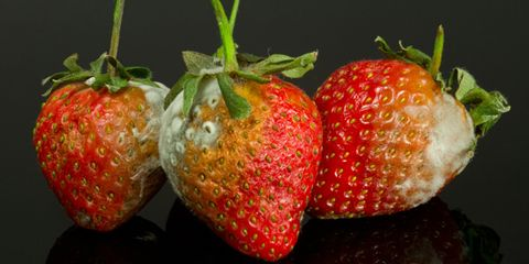 Fruit, Vegan nutrition, Natural foods, Food, Produce, Red, Strawberry, Sweetness, Accessory fruit, Strawberries,