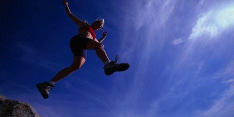 Human leg, Jumping, People in nature, Knee, Sneakers, Calf, Exercise, Outdoor shoe, Walking shoe, Adventure,