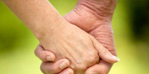 Finger, Skin, Wrist, Hand, Joint, Thumb, People in nature, Interaction, Gesture, Nail,