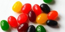 How to avoid artificial food flavors and colors