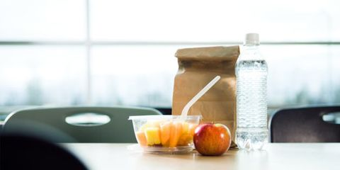 meal timing might affect weight loss; bagged lunch