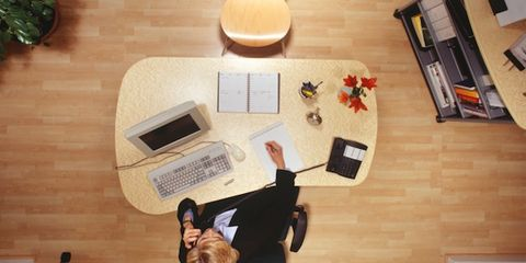 multitasking impairs work performance; woman at the office