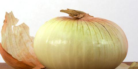 Onion, Produce, Vegetable, Natural foods, Whole food, Vegan nutrition, Ingredient, Food, Local food, Beige,