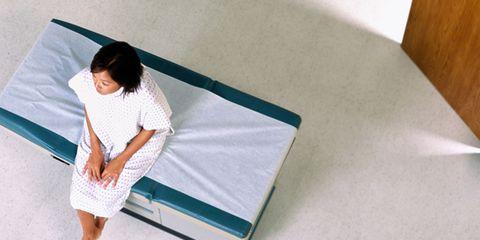 Comfort, Elbow, Linens, Foot, Barefoot, Ankle, Mattress, Bedding, Nightwear, Blanket,
