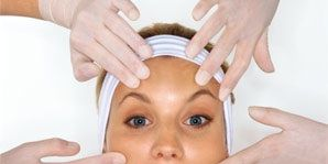 How to find a qualified plastic surgeon