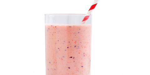 Liquid, Drink, Health shake, Juice, Peach, Smoothie, Vegetable juice, Batida, Ingredient, Recipe,