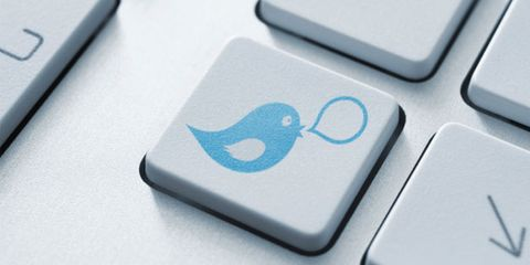 twitter can assist weight loss; twitter keyboard icon