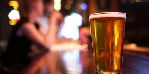 Beer, Drink, Liquid, Barware, Drinkware, Alcoholic beverage, Alcohol, Beer glass, Tableware, Amber,