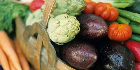 vegetarian diets reduce heart disease risk; basket of vegetables