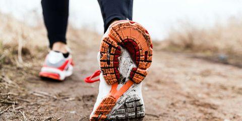 walking breaks can increase endurance; woman walking
