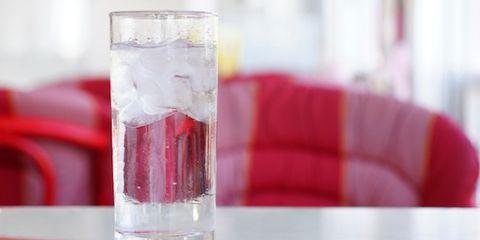 Liquid, Fluid, Drinkware, Glass, Red, Drink, Alcoholic beverage, Barware, Tableware, Highball glass,