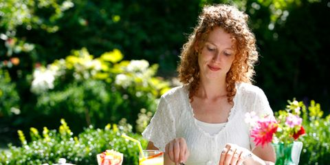 Serveware, People in nature, Petal, Drink, Bouquet, Dishware, Cuisine, Cup, Finger food, Spring,