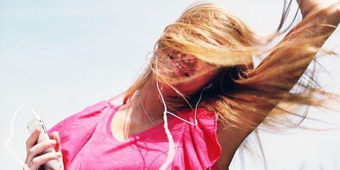 Long hair, Blond, Brown hair, Surfer hair, Hair coloring, Kitchen utensil, Throat, Feathered hair, Step cutting,