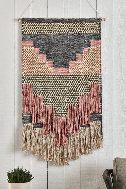Hanging wall rug