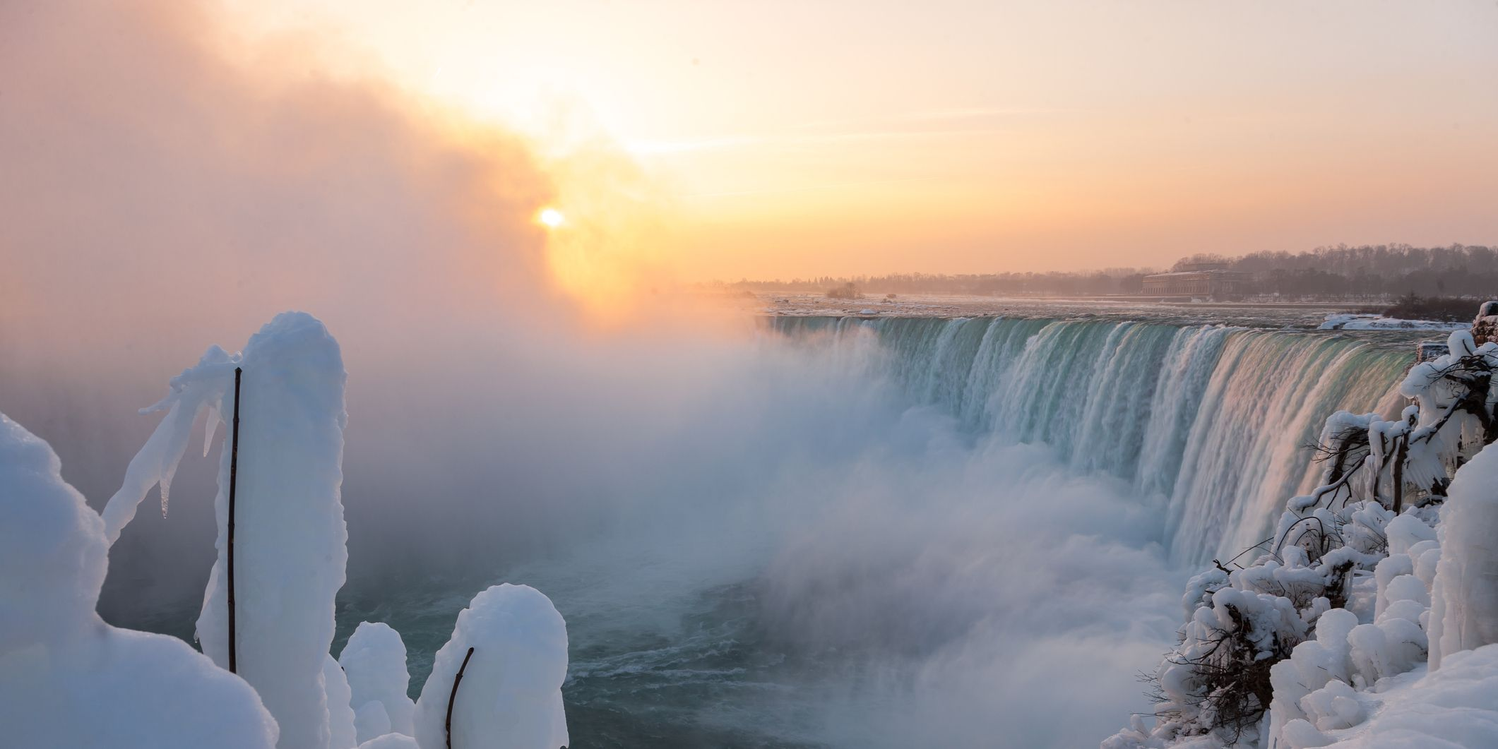 Niagara Falls has frozen and the pictures are incredible