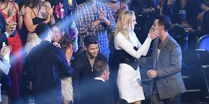 Priyanka Chopra trolls Nick Jonas about being a fifth wheel at the VMAs