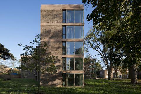 Chadwick Hall, Università di Roehampton, Londra, Henley Halebrown